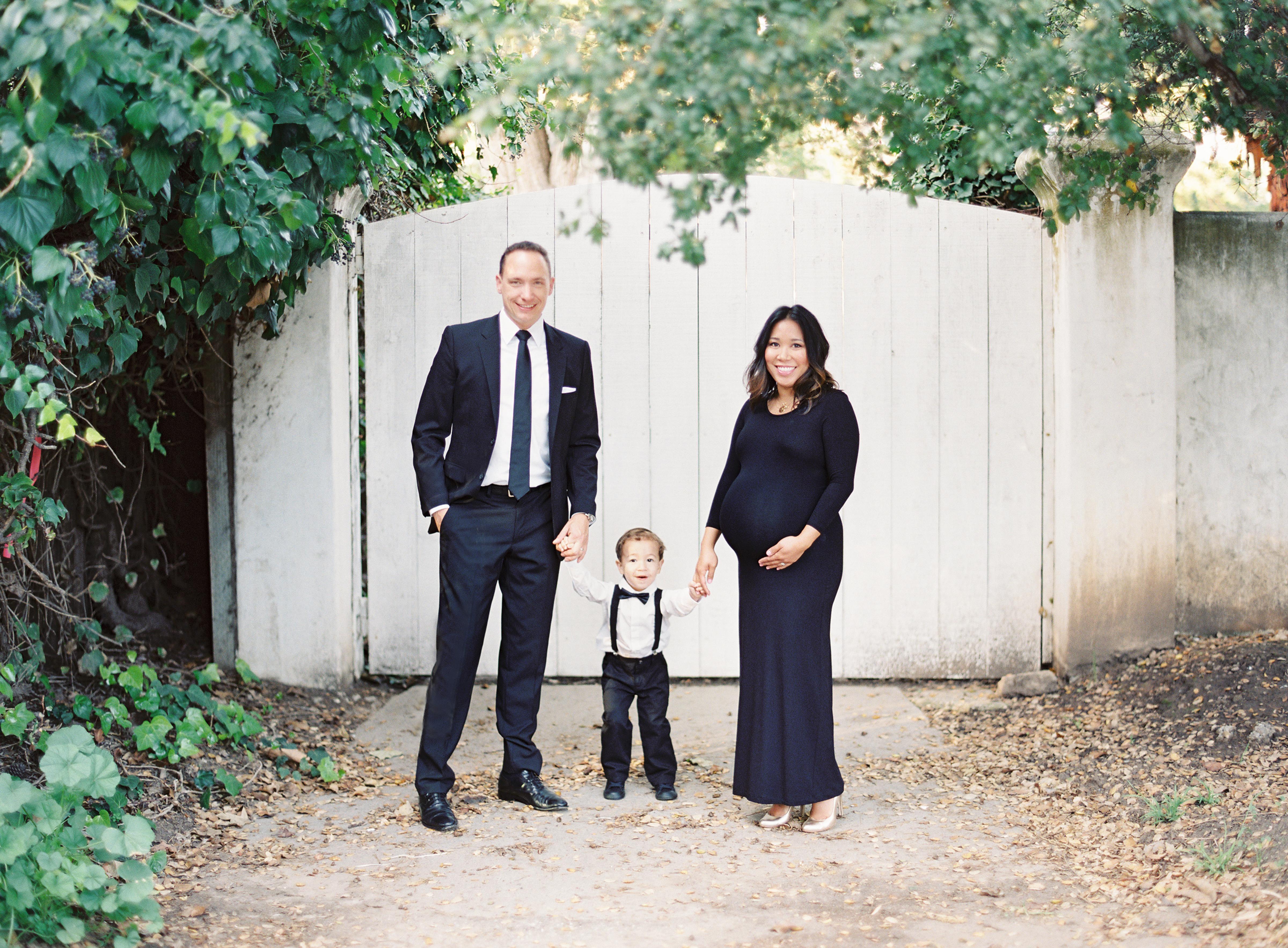 thegreatromance-family portrait-maternity